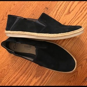 EUC Clarks Suede Casual Loafer